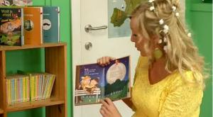 2014-10-24 10_30_43-Leesfee stelt kinderboeken voor _ RTV